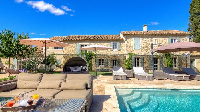 location-st-remy-de-provence-la-villebague